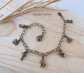 chibi1-bracelet1.jpg
